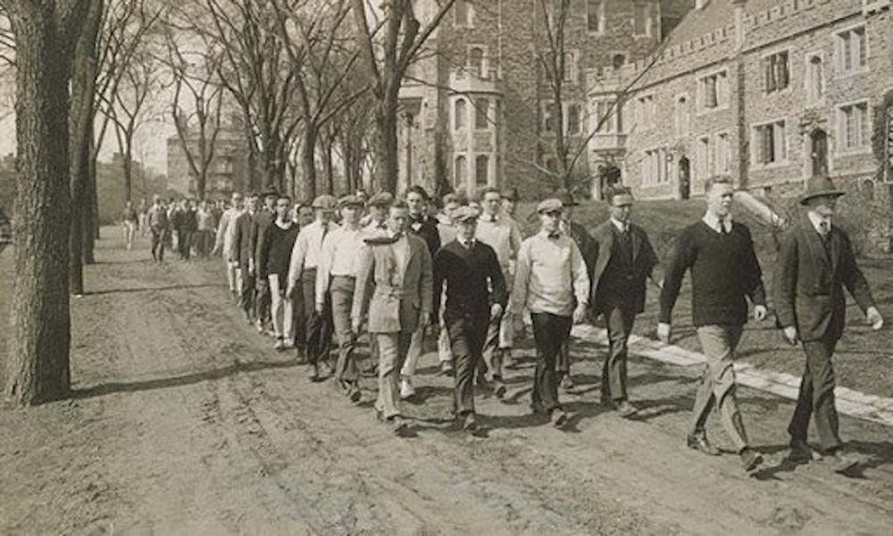 <p>Princeton students on campus in 1918.</p> <h6>Courtesy of Princeton University Archives</h6>