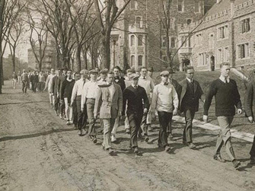 Princeton students on campus in 1918. Courtesy of Princeton University Archives