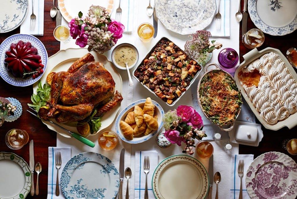 1478009670-54ead6c039511-thanksgiving-retro-food-1114-xln