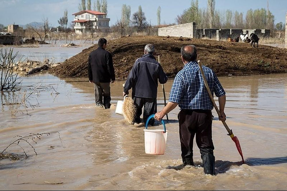 2017-irans-north-west-floods-23