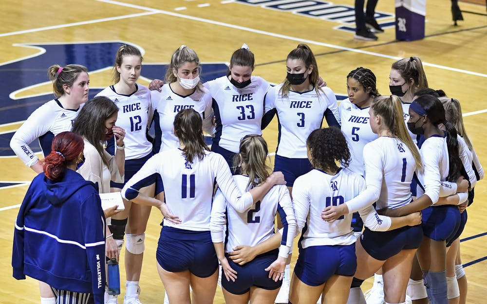 rice-team-huddle-post-game-20210319-vb-ncaa-baylor-rice-mld5a-0187