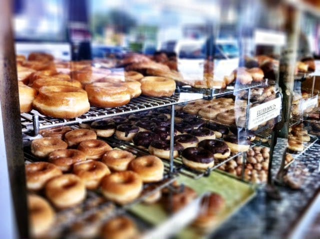 christys_donuts_johnsuh