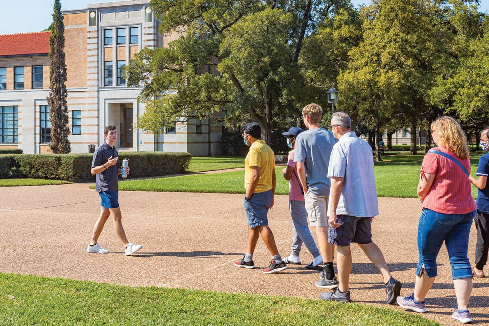campus-tour-sara-davidson-web