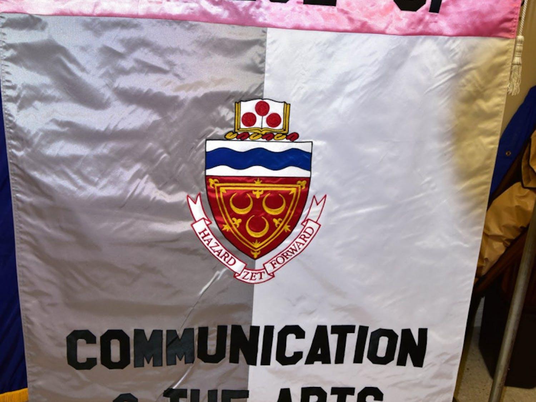 comm-flag-e1476970690114