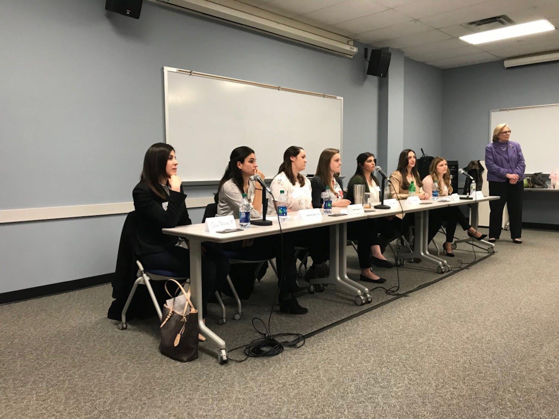 alumni-panel-2