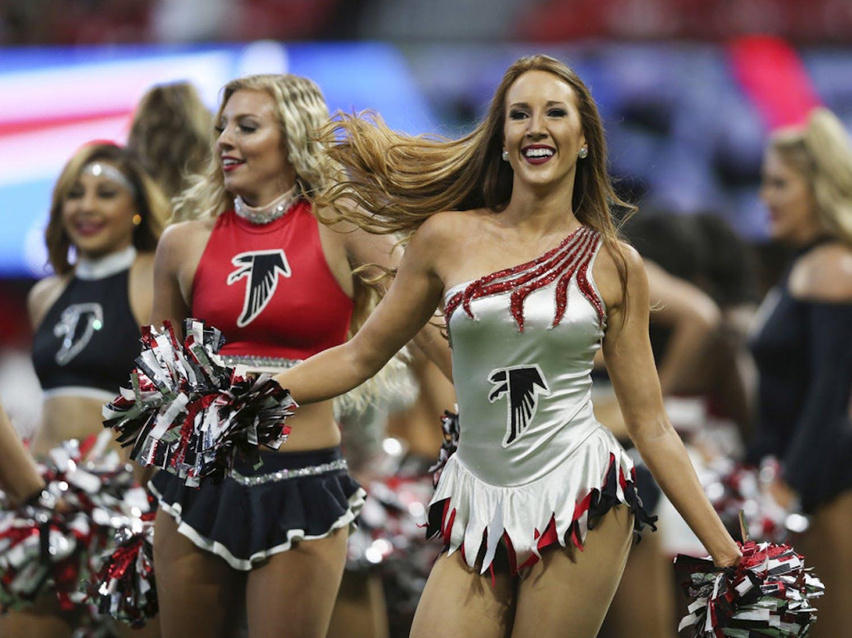 Cheerleaders-Photo-via-NFL.com_