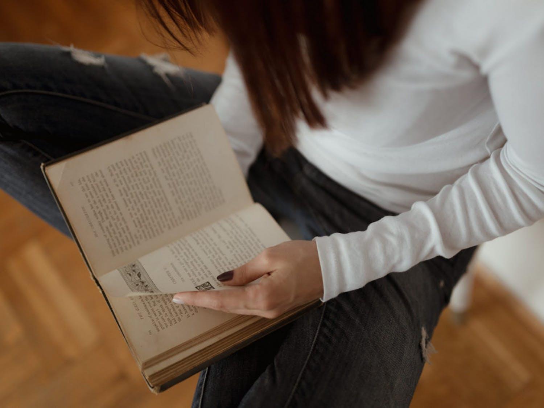Quarantine-Read-a-Book-via-Pikrepo-scaled
