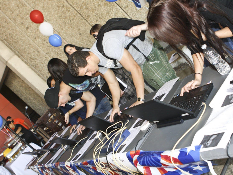 Students-Vote-File-Photo-1
