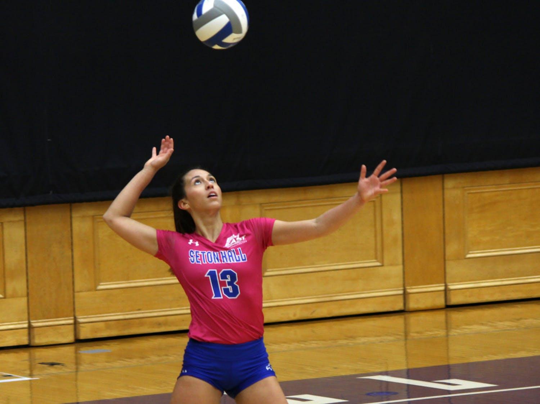 13-volleyball-Renee-Nunez