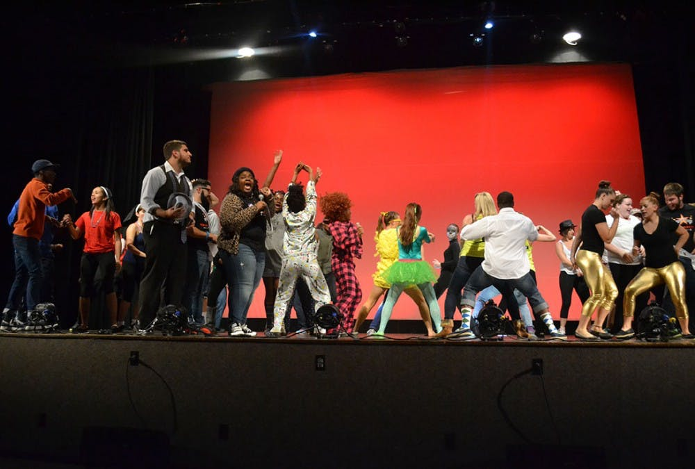 Homecoming Committee hosts annual lip sync competition