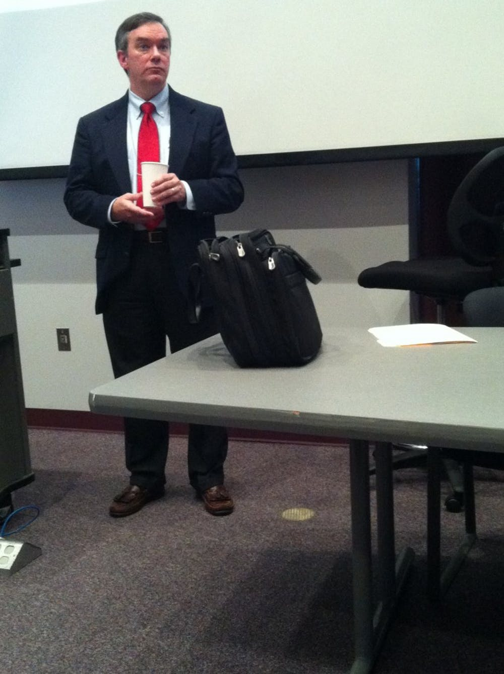 Research scholar speaks to students about Holocaust