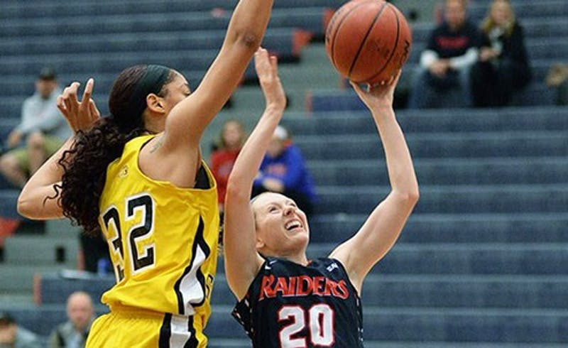 SU's Victoria Blackburn torched Gannon, nearly matching her career-high of 18 points.