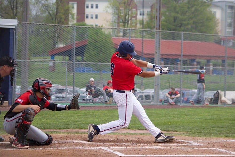 SU baseball alumnus Tommy Baggett sees action on diamond amid pandemic