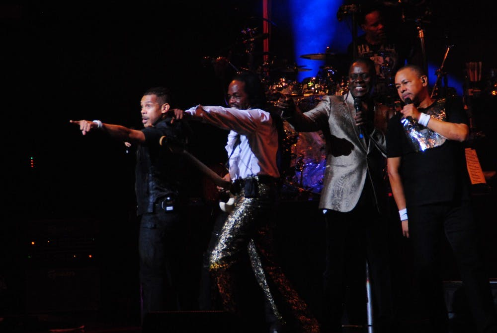 Earth, Wind & Fire stop at Luhrs on new CD tour