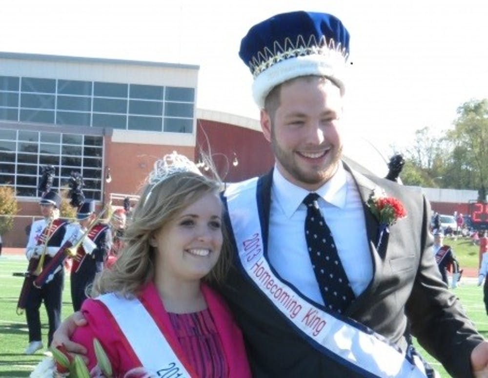 Homecoming committee crowns king and queen