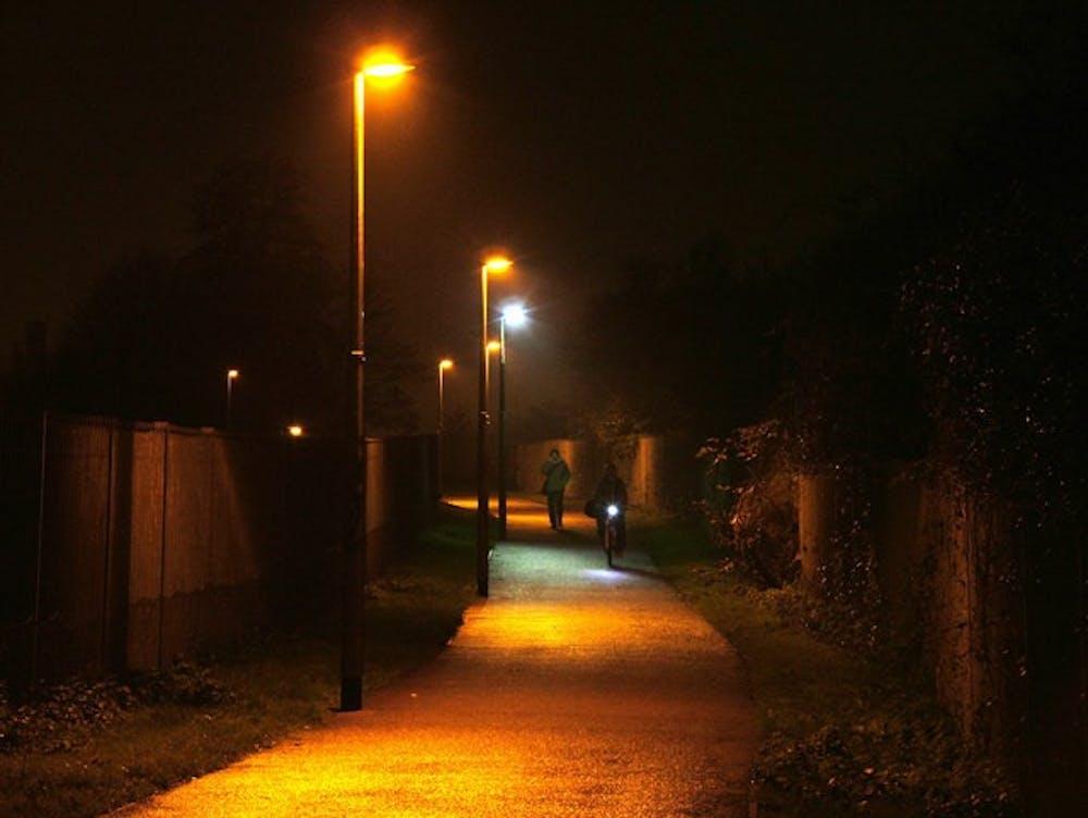 Light the way: SU needs crosswalk lights