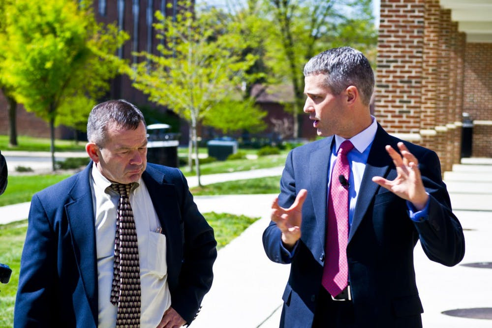 Representative Rob Kauffman visits SU for campus tour