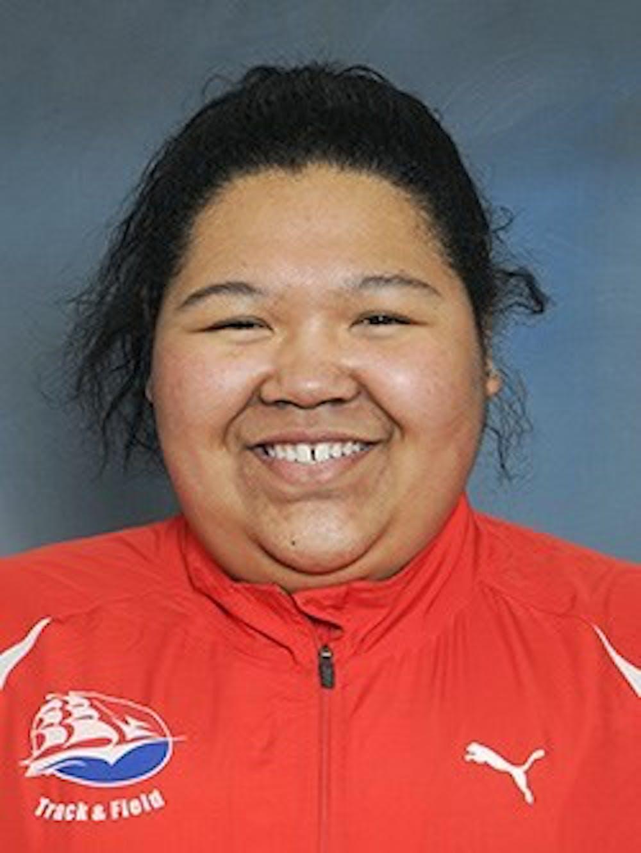 SU mourns loss of track champion