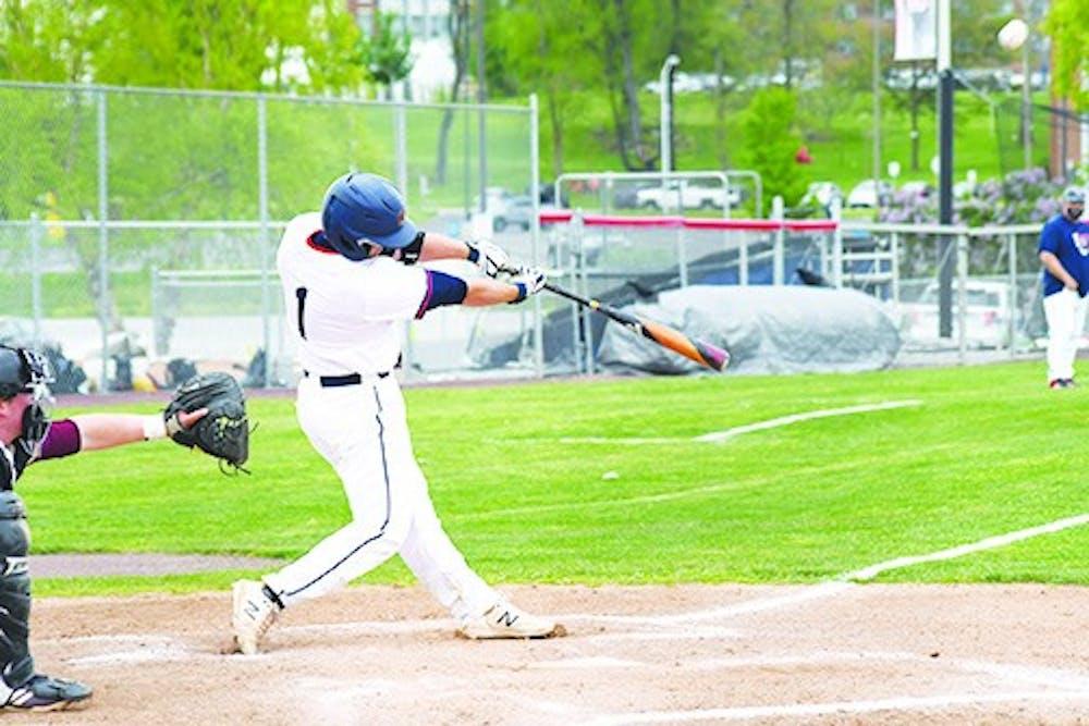 Baseball splits with Huskies, conclude season at 17-19