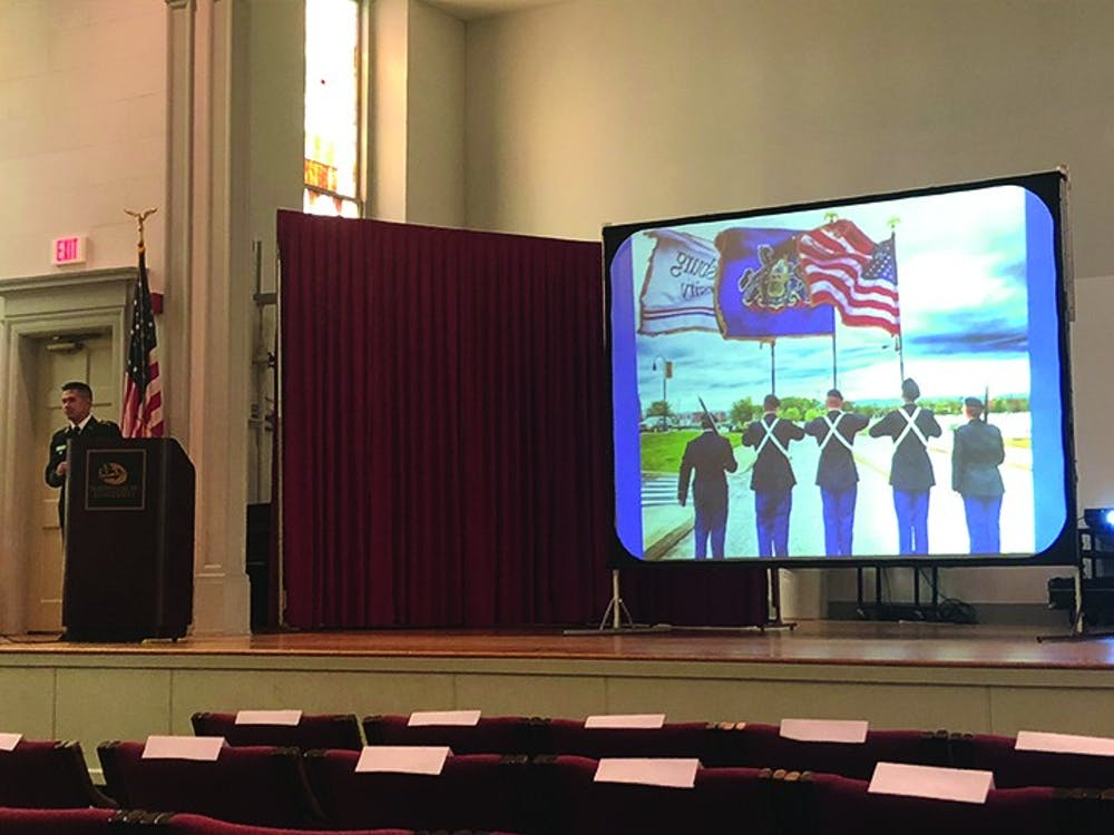 Veteran's Day ceremony honors service, sacrifices