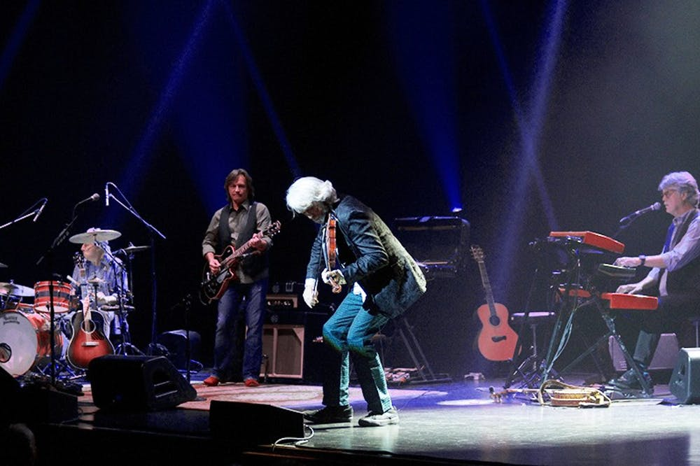 Nitty Gritty Dirt Band brings crowds to Luhrs
