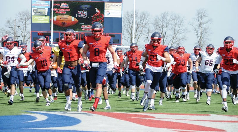 SU concluded its spring practice schedule with the annual Red-White game on Saturday. Coaches had the opportunity to evaluate positions left open from graduating seniors.