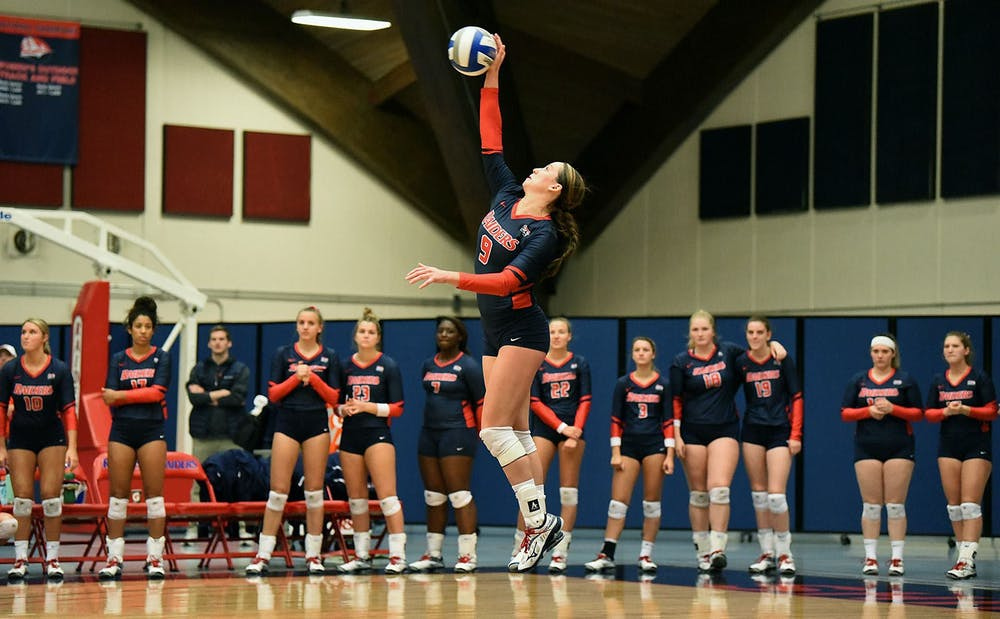 Volleyball picks up two more wins over Kutztown, ESU