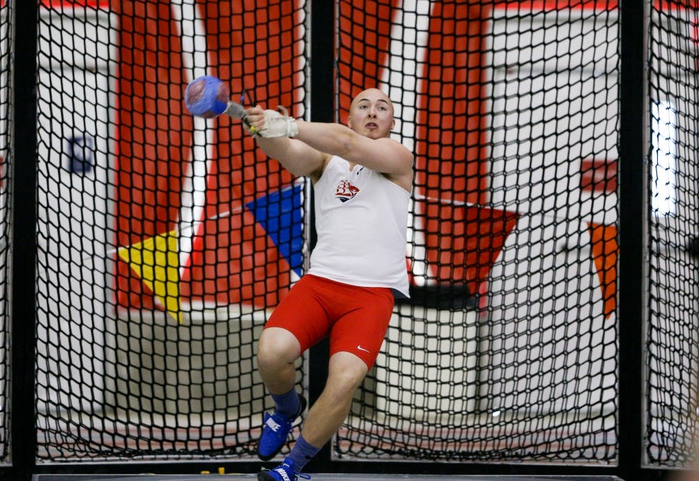 Men claim indoor track and field title