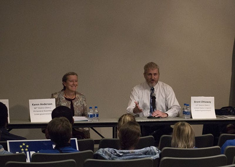 Candidates Karen Anderson and Brent Ottaway speak to students about their stance on political topics.