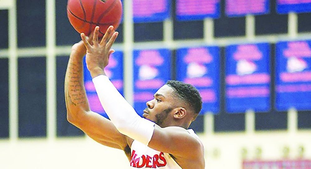 Justin McCarthur hits a PSAC-record nine 3-pointers in SU's 89-64 win over East Stroudsburg