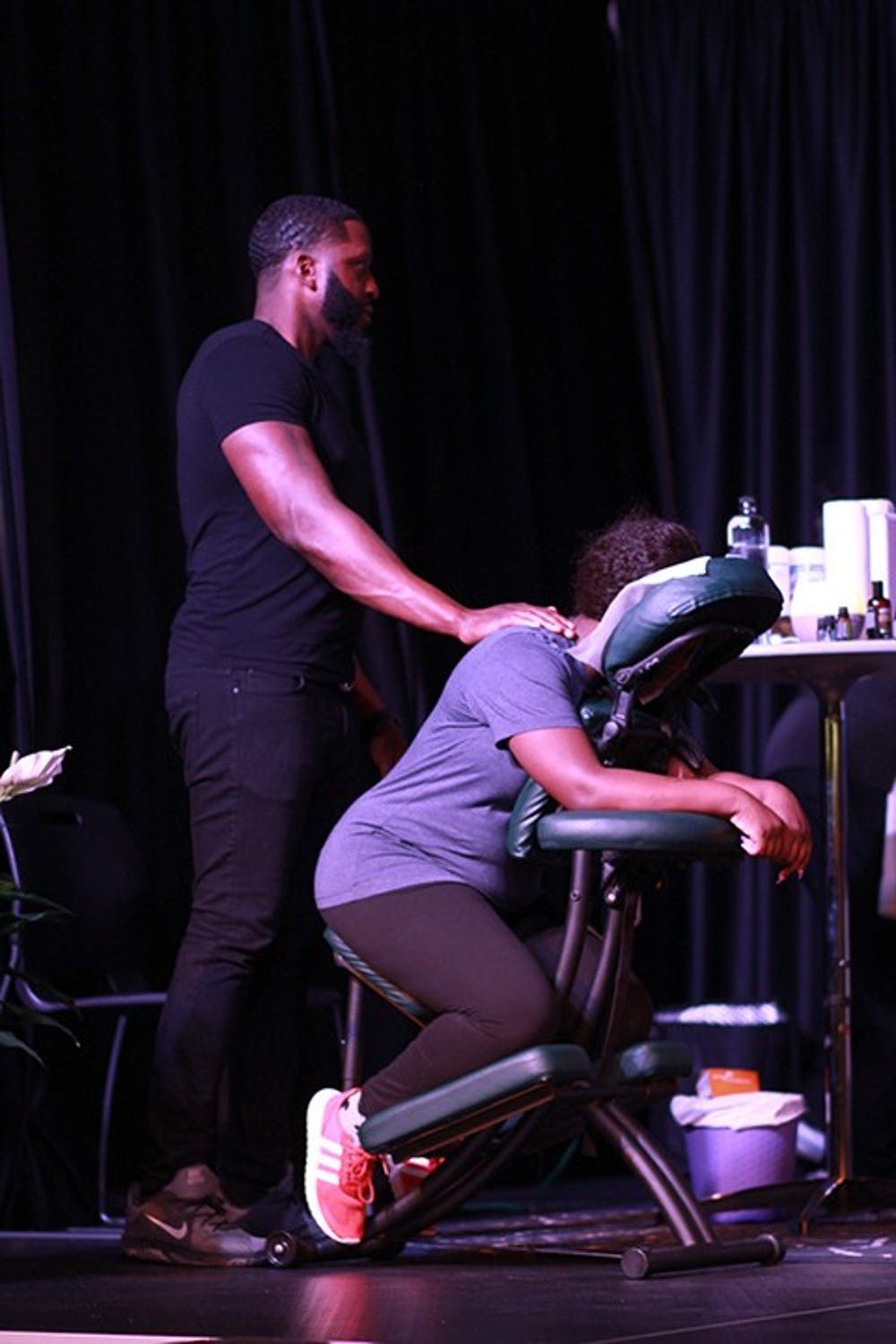 Students kick back with spa night