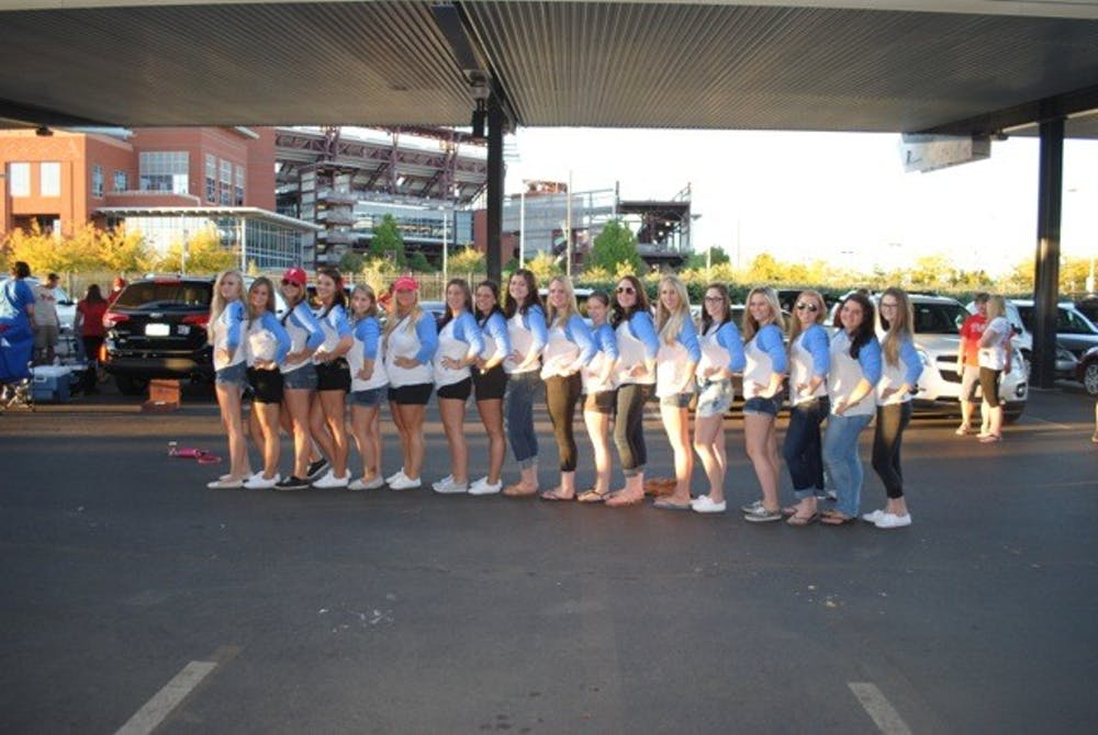 Alpha Omicron Pi Goes Blue for Arthritis