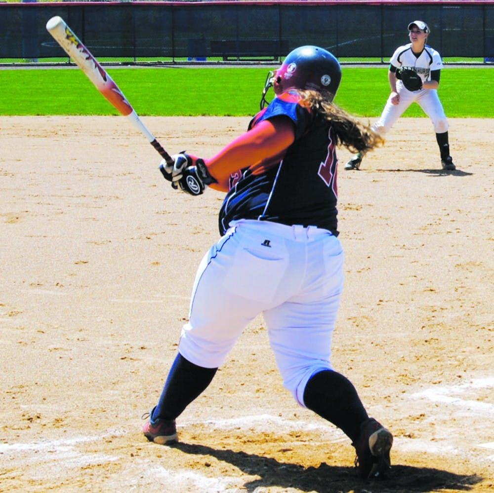 SU softball splits double header against East Stroudsburg on Friday