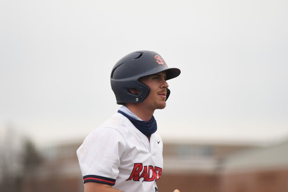 Baseball sweeps Lock Haven, vaults to .500