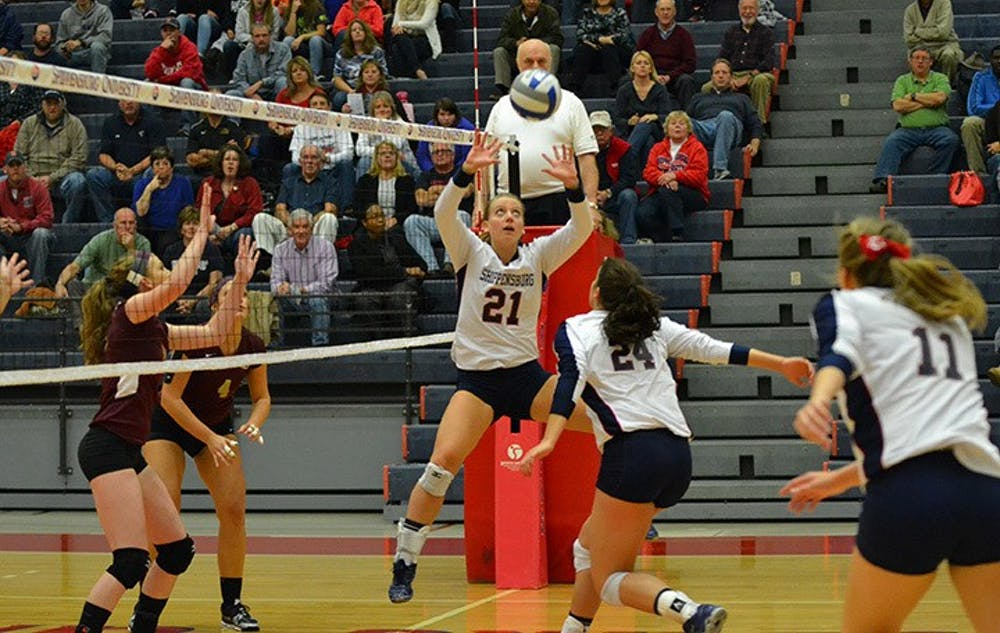 Edwards receives AVCA and Daktronics honors, Nolan grabs AVCA honorable mention