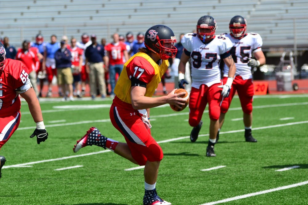 Lawshe sparks Red team in 44–0 rout