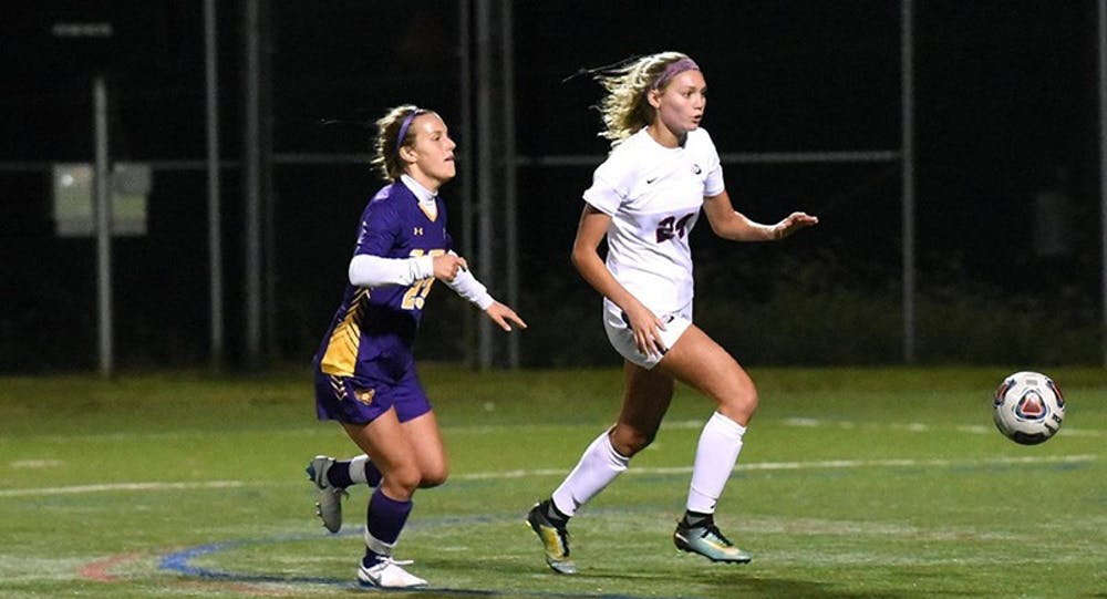 Women's soccer continues second half skid, misses playoffs