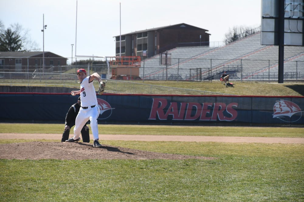 Higgins fires gem, baseball drops three to Golden Rams