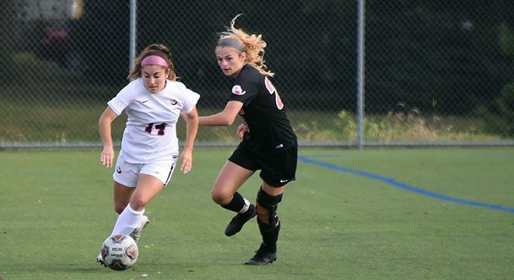 Women's soccer splits matches against PSAC foes