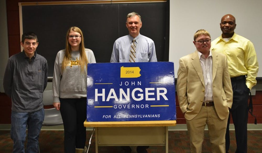 Gubernatorial candidate meets with students at SU