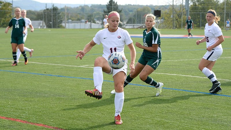 SU's Beth McGee controls the ball in Saturday's game against Mercyhurst University. SU won, 2-1.