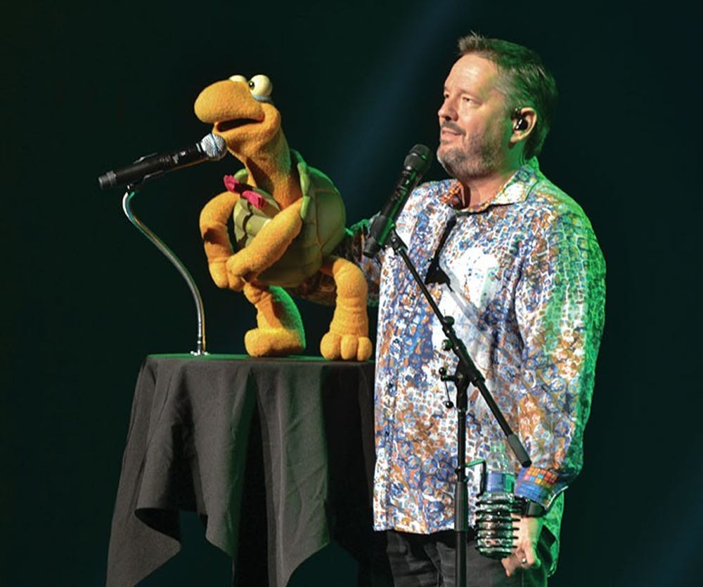 Terry Fator performs in tribute of Las Vegas shooting victims