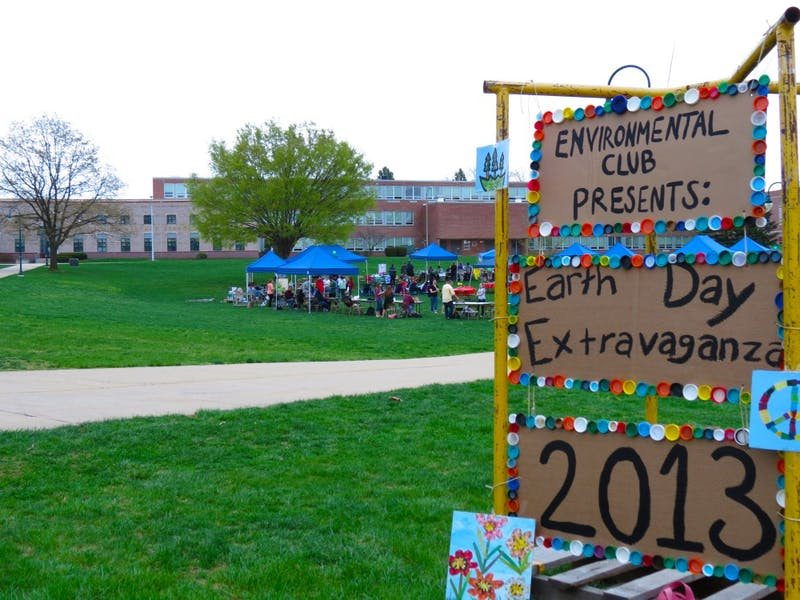 """The """"Earth Day Extravaganza"""" included live music, a tie-dye shirt station, multiple campus clubs, off-campus organizations and a bike-powered pottery wheel."""
