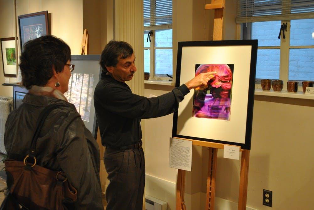"""SHAPE Gallery hosts """"Zen"""" exhibit"""