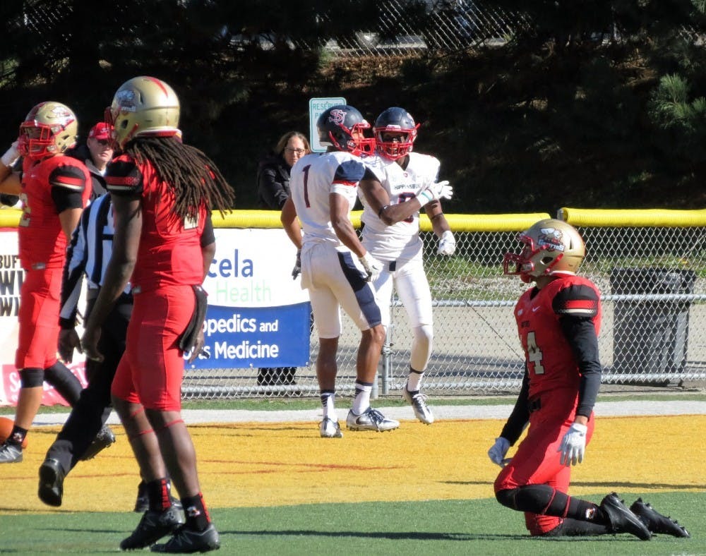 Red Raiders knock off Griffins, 30–21