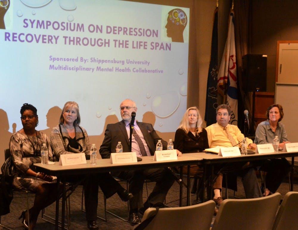 Medical panel hosts depression symposium, educates students