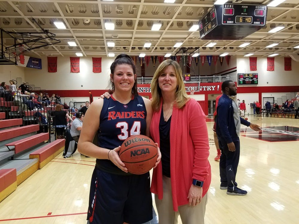 Griffith reaches 1,000 points and 1,000 rebounds in Raiders' huge win over Mansfield