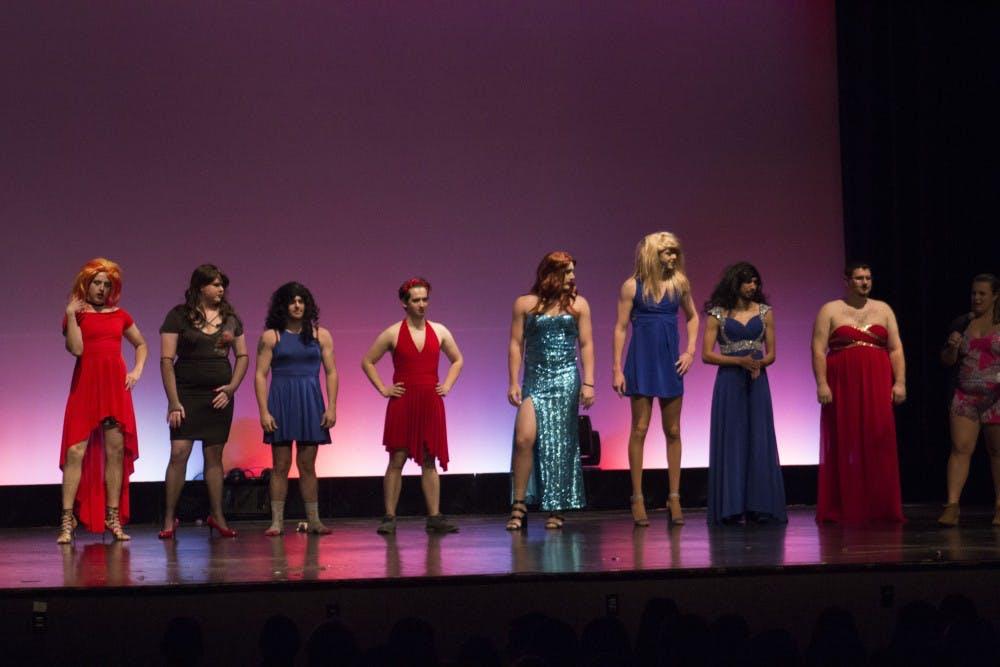 Phi Sigma Sigma drag show raises money for charity
