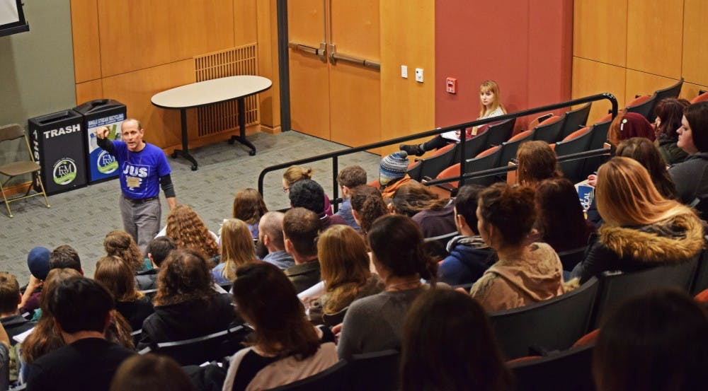 SU environmentalists learn green ideas for campus