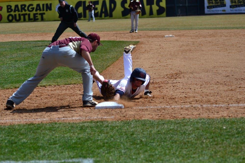 Baseball splits doubleheader with Kutztown